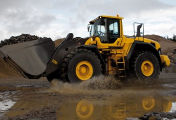 Volvo L120F Wheel Loader